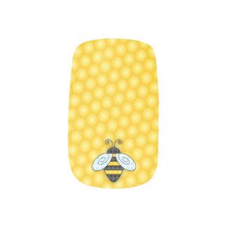 Summende Hummel-und Bienenwaben-Ikone Minx Nagelkunst