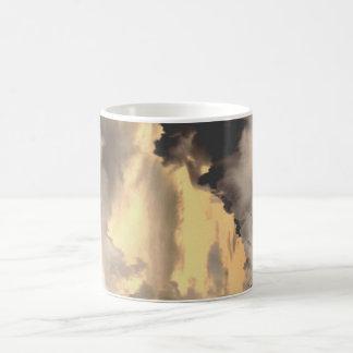 surreale Wolken #1 Kaffeetasse