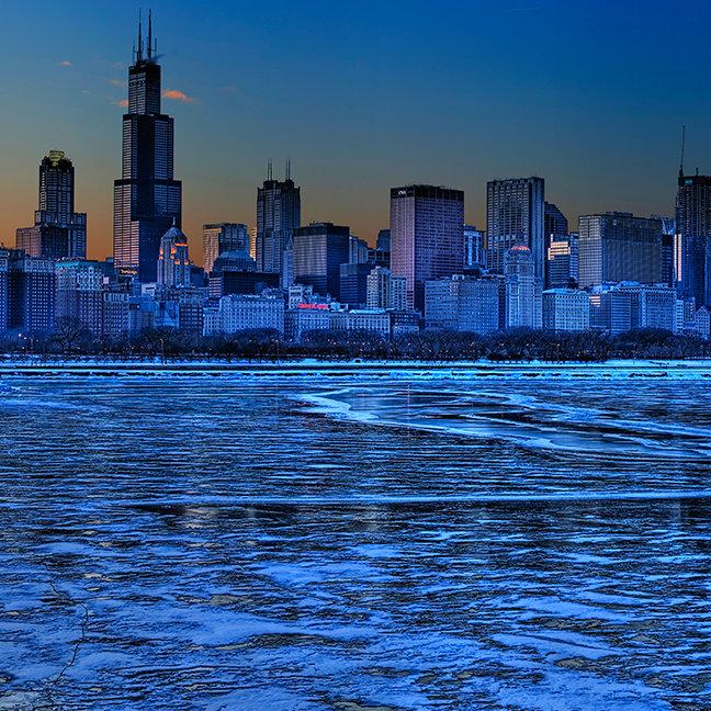 City of broad shoulders and lake Michigan