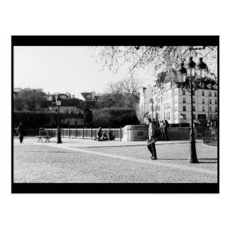 Szene nahe Notre-Dame de Paris, Paris, Frankreich Postkarte