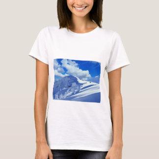 T - shirt Bergmalerei schneit