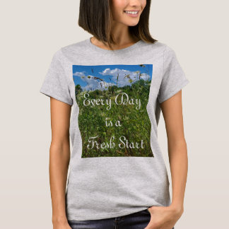 T-Shirt der Neustart-das inspirierend Zitat-Frauen