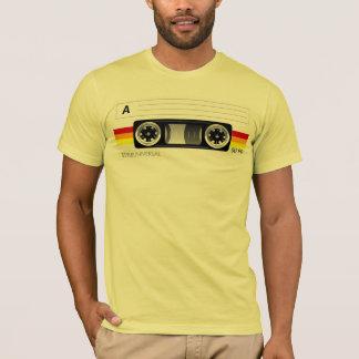 T-shirt d'étiquette d'enregistreur à cassettes