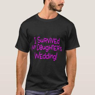 T-shirt J'ai survécu à mes filles épousant le rose