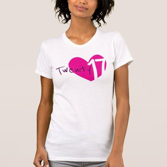 T - Shirt mit zwanzig 17 rosa Damen des Herzens