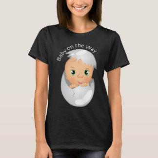 T-shirt Usage mignon de bébé pour la maternité, bébé sur