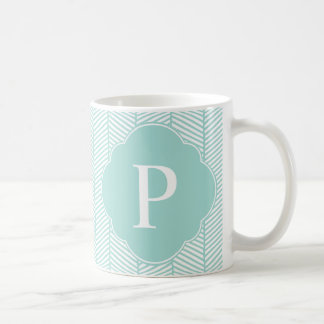 Tadelloses aquamarines Fischgrätenmuster-Monogramm Kaffeetasse
