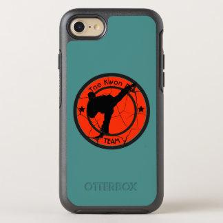 Taekwondo-Silhouette von Taekwondo-Kämpfer OtterBox Symmetry iPhone 8/7 Hülle