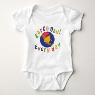 Tag der Erde-tägliches Baby Baby Strampler