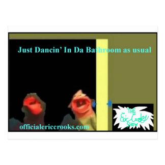 Tanzen in das Badezimmer Postkarte