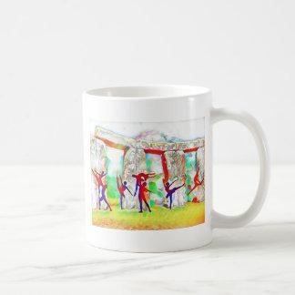 Tänzer bei Stonehenge Kaffeetasse