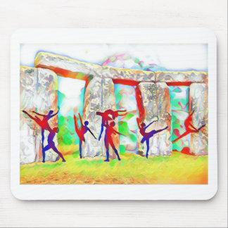 Tänzer bei Stonehenge Mauspads