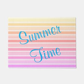 Tapis de porte d'heure d'été