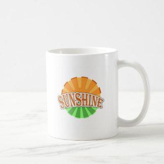 Tasse mit Sonnenschein-Licht