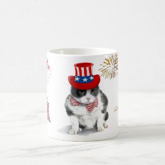 Tasse: Resoluter Felix, die Katze, auf Juli 4. Tasse