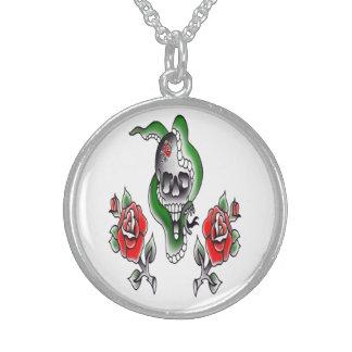 tätowierte traditionelle Rosen und Schlange des Sterling Silberkette