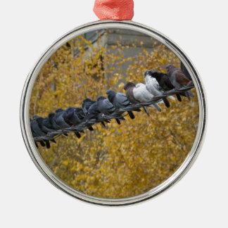Tauben Rundes Silberfarbenes Ornament