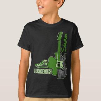 Täuschungs-Felsen. St Patrick TagesSweatshirt T-Shirt