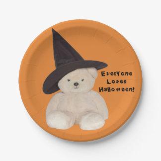 Teddybär, der einen schwarzen Hexe-Hut trägt Pappteller
