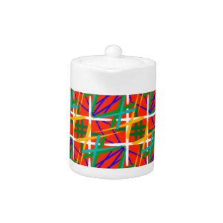 Teekanne mit mehrfachen tropischen Farben