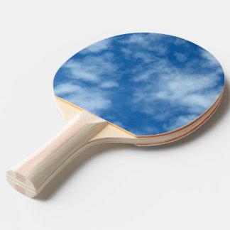 Teils bewölktes blauer Himmel-Foto auf Tischtennis Schläger