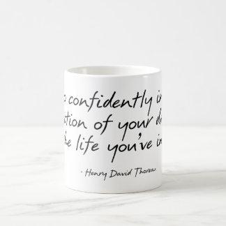 Thoreau Zitat-Tasse Tasse