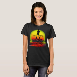 Tief verwurzelter Sonnenuntergang T-Shirt