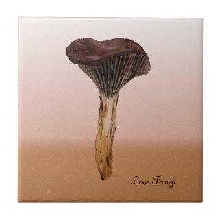 Tiefer Samt-Pilz mit Landschaft Kleine Quadratische Fliese