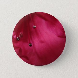 Tiefrosa Hibiskus-Knopf Runder Button 5,7 Cm