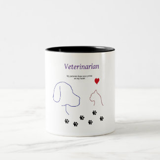 Tierarzt-Tatze Drucke auf meinem Herzen Zweifarbige Tasse