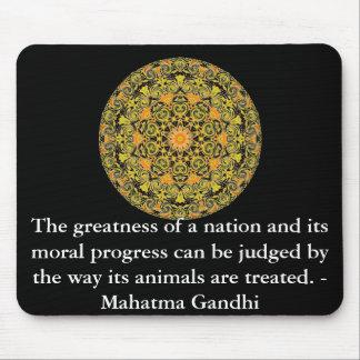 Tierrechtzitat - Mahatma Gandhi Mousepad
