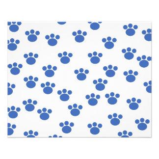 Tiertatzen-Druck-Muster. Blau und Weiß Vollfarbige Flyer