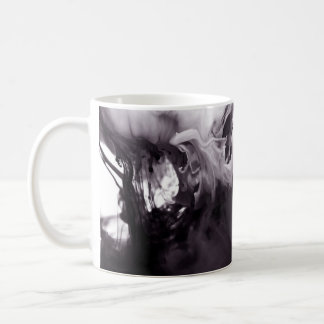 Tinte in der Wasser-Fotografie Ying Yang Kaffeetasse