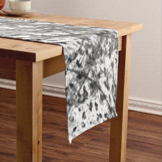 Tinten-Wäsche-Tabellen-Läufer durch Künstler C.L. Kurzer Tischläufer