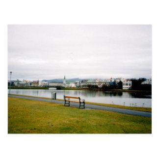 Tjorn (der Teich), Reykjavik, Island Postkarte