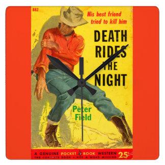 Tod reitet den NachtWestern-Bucheinband Quadratische Wanduhr