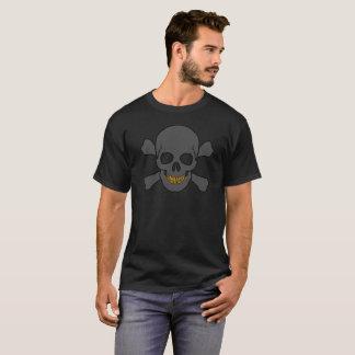 Totenkopf mit gekreuzter Knochen mit den T-Shirt