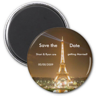 Tour Eiffel, sauvent l'aimant de date