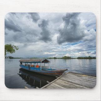 Touristisches Boot Amazonas Mauspad
