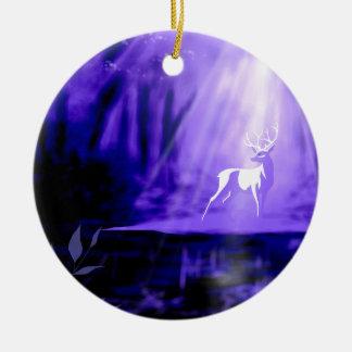 Träger von Wünschen - weißer Hirsch Keramik Ornament