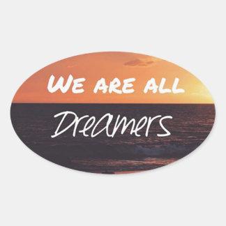 Träume Ovaler Aufkleber