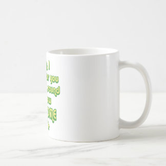 Traurig, kann ich nicht hören Sie über dem Ton von Kaffeetasse