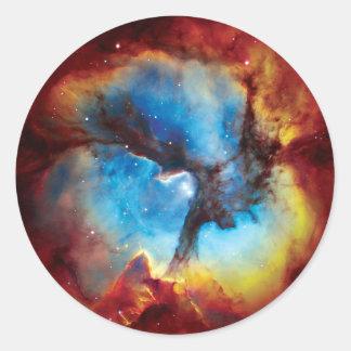Trifid Nebelfleck buntes Hubble Weltraum-Foto Runder Aufkleber