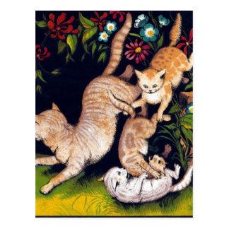 Trois chats espiègles carte postale