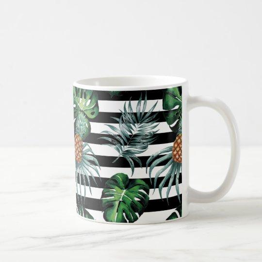 Tropische Ananas des Aquarells mit schwarzen Tasse
