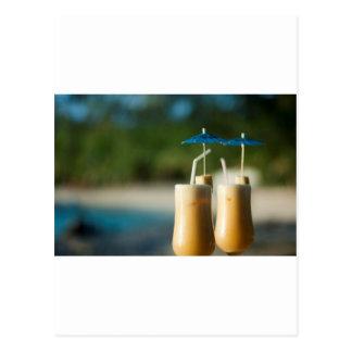 Tropische Cocktails für zwei Postkarte