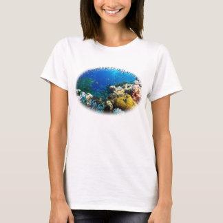 Tropische Fische des Korallenmeers T-Shirt