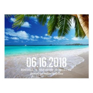 Tropische Strand-Hochzeits-Save the Date Postkarte