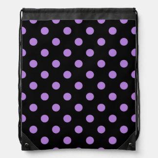 Tupfen - Lavendel auf Schwarzem Sportbeutel