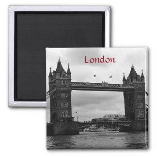 Turm-Brücke, London Quadratischer Magnet